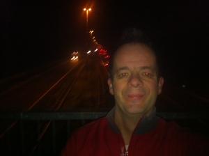 Om 05.30 uur is het al stinkend druk op de A1.